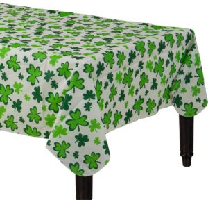 Shamrocks Flannel-Backed Vinyl Table Cover