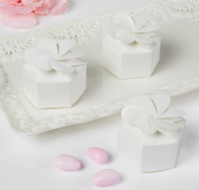 Petal Wedding Favor Boxes 12ct