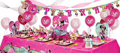 Minnie Mouse Party Supplies Super Party Kit for 8 Guests