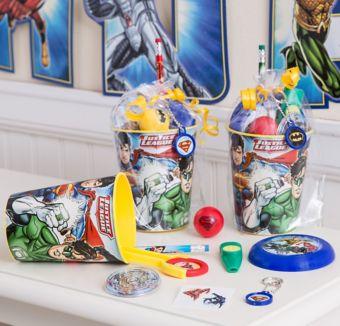 Justice League Super Favor Kit for 8 Guests