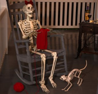 Knitting Grandma Skeleton Greeter Kit
