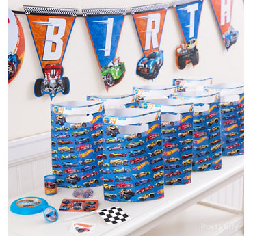 Hot Wheels Favor Pack for 8 Idea