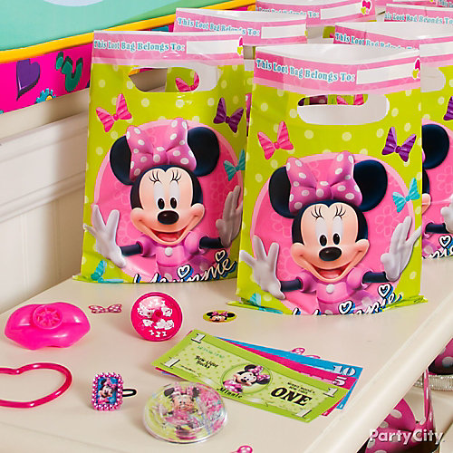 Minnie Mouse Favor Pack for 8 Idea