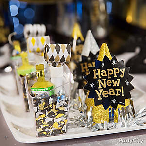 NYE Poppers and Confetti Minis Idea