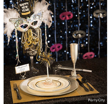 NYE Masquerade Table Idea