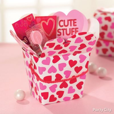 Valentine's Day Favor Boxes Idea