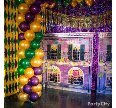 Mardi Gras Photo Backdrop Idea