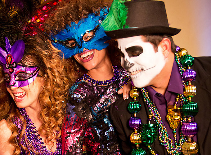 Mardi Gras Outfit Ideas - Party City