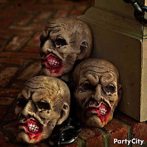 Halloween Asylum Smiling Heads Idea