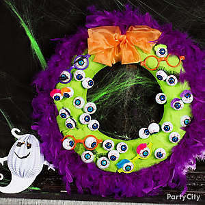 Halloween Eyeball Boa Wreath DIY