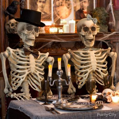 Haunted House Skeleton Couple Idea
