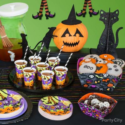 Kid-Friendly Halloween Buffet Table Idea