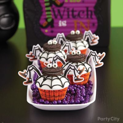 Witch's Crew Spider Cupcakes How To
