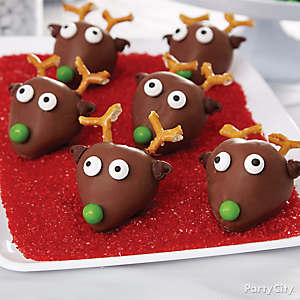 Strawberry Reindeer Faces How To