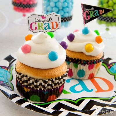 Colorful Dot Graduation Cupcakes Idea