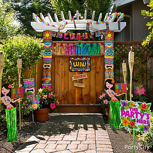 Backyard Hawaiian Luau :  Luau Party Ideas  Luau Party Ideas  Theme Party Ideas  Party Ideas
