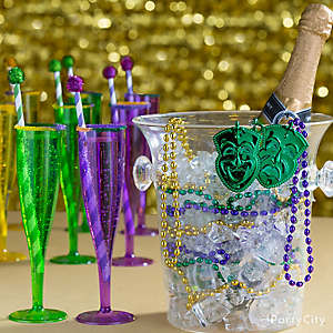 Mardi Gras King Cake & Cocktails Ideas