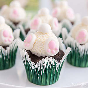 Easter Bunny Bottom Cupcakes Idea