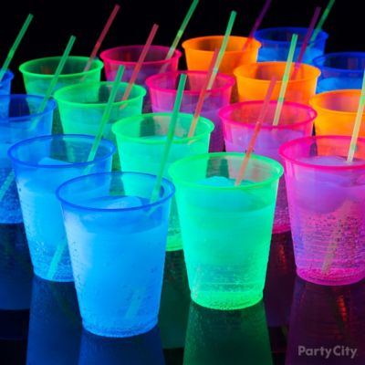 Glow in the Dark Bubbly Drink Idea