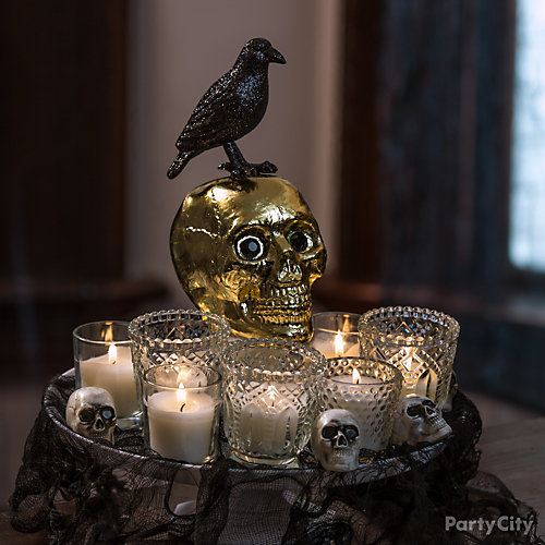 Gold Skull Centerpiece Idea