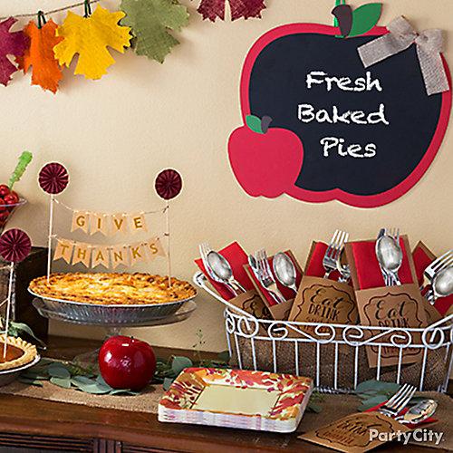 Autumn Pie Table Decor Idea