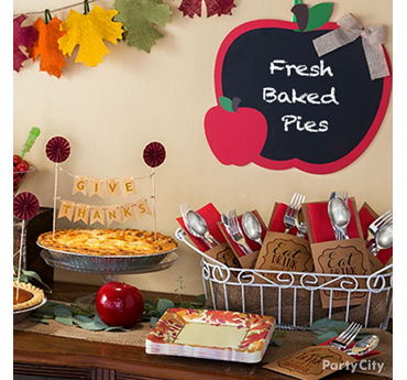 Autumn Pie Table Decor Idea