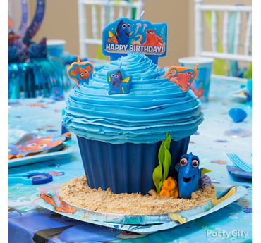 Dory Jumbo Cupcake with Candles Idea