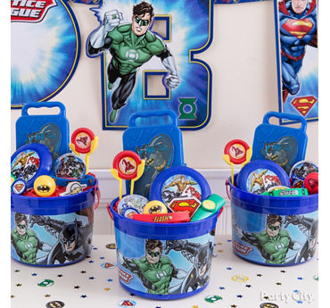 Justice League Favor Bucket Idea
