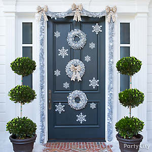 Silvery Snowdrift Front Door Idea