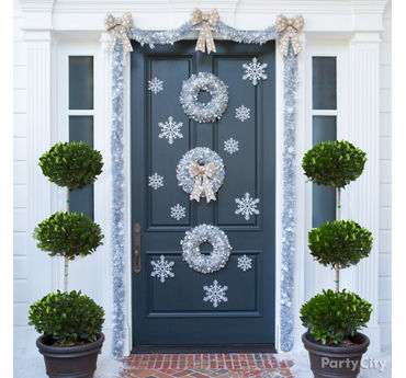 Silvery Snowdrift Front Door Idea