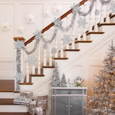 Shimmering Stairway Decorating Idea