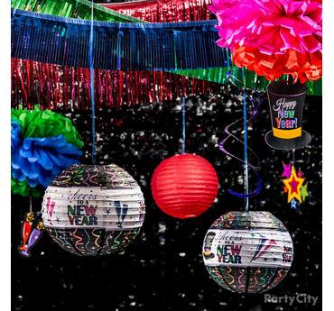 Colorful NYE Decor Idea