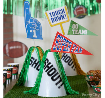 Sports Party Centerpiece Idea