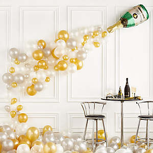 Bask in the balloon bubbly!
