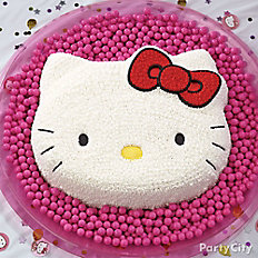 Hello Kitty Form Cake