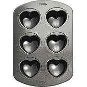 Mini Hearts Non-Stick Cupcake Pan 2 3/8in 6ct
