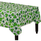 Shamrocks Flannel-Backed Vinyl Table Cover 52in x 90in