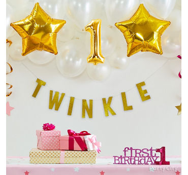 Twinkle Star Balloon Backdrop Idea