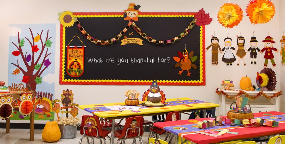 Thanksgiving Day Classroom Decoration ~ Pilgrim turkey decorations party city