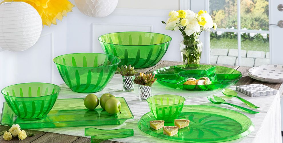 kiwi serving trays, bowls and utensils