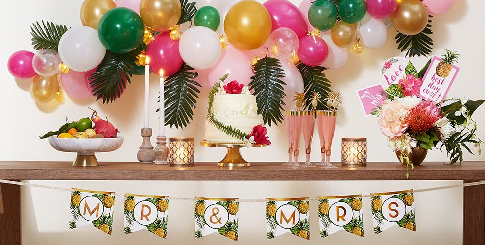 Tropical Wedding Party Supplies