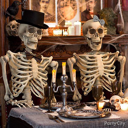 Haunted House Skeleton Couple Idea