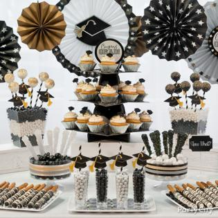 Black, silver and gold graduation treat ideas