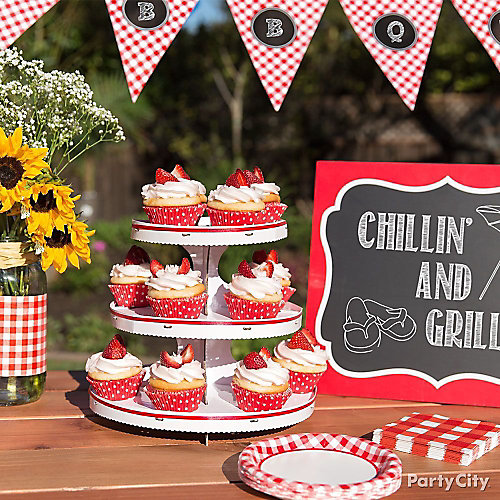 Outdoor Bbq Cupcake Display Idea Gingham Picnic Food And