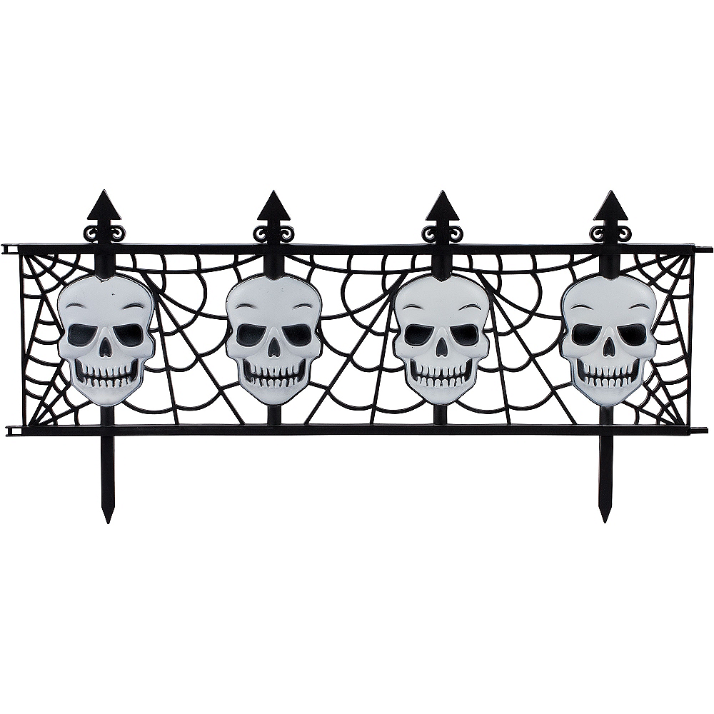 Gothic Skull Fences 2ct Image #2