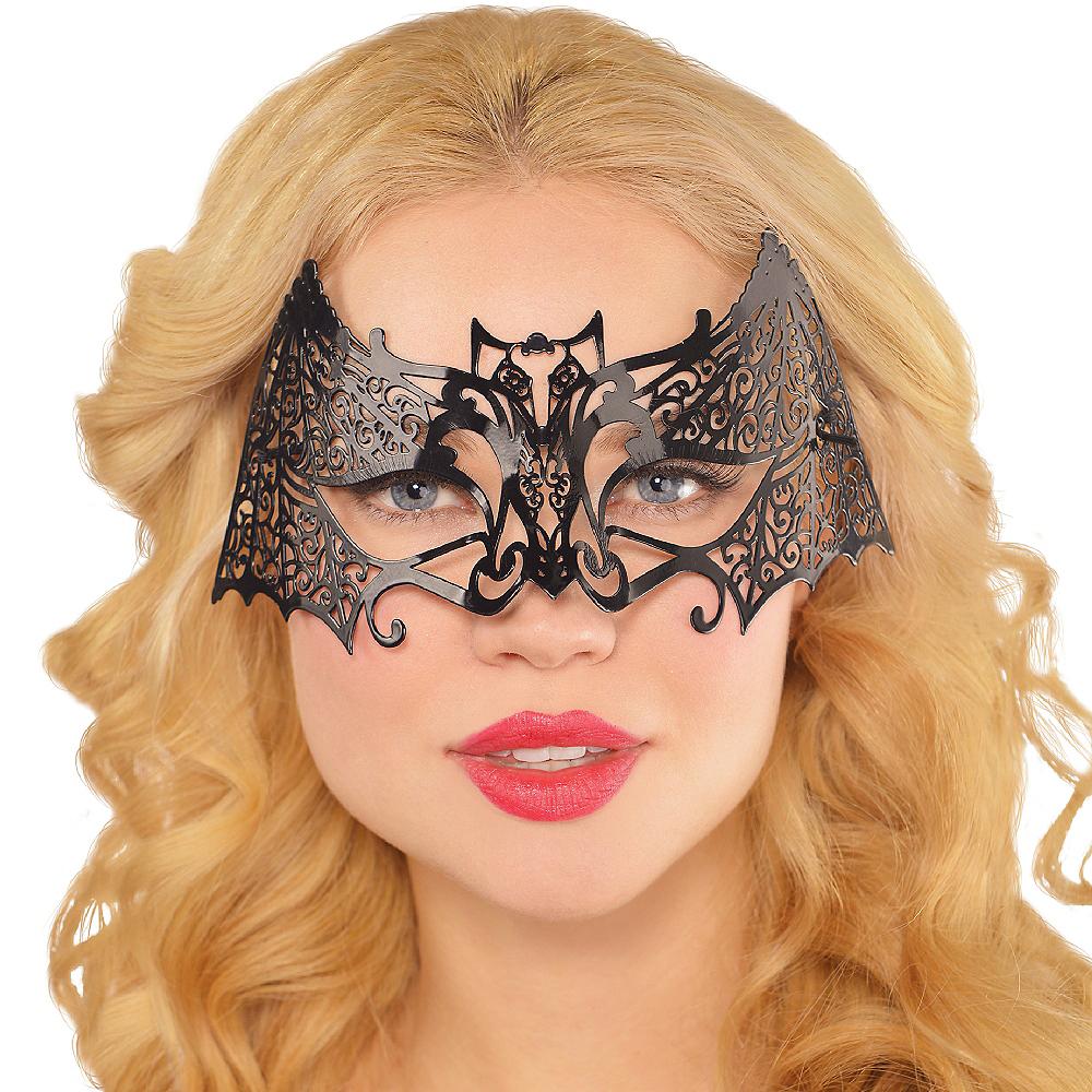 Filigree Bat Mask Image #2