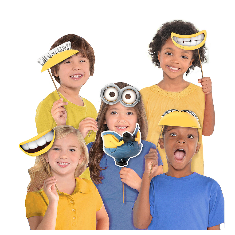 Despicable Me Photo Booth Props 8ct Image #1