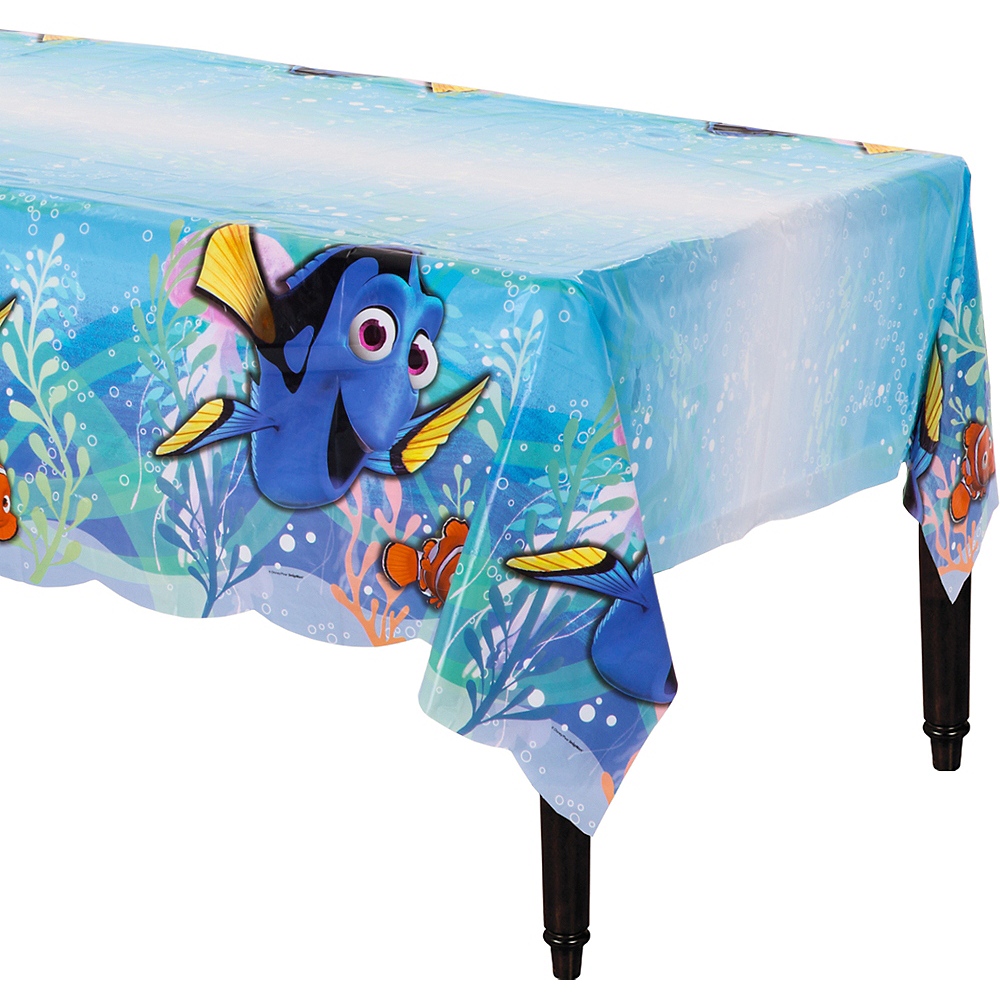Finding Dory Table Cover Image #1