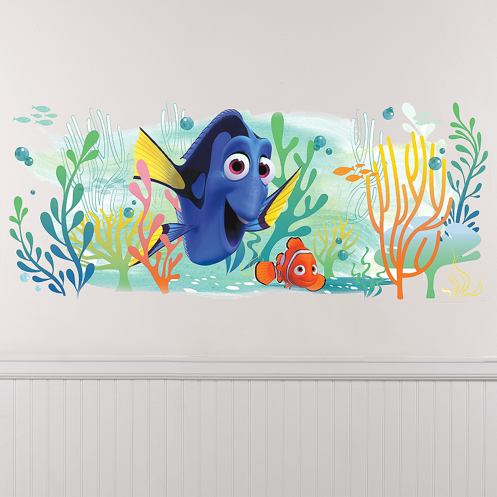 Giant Finding Dory Wall Decal Image #1