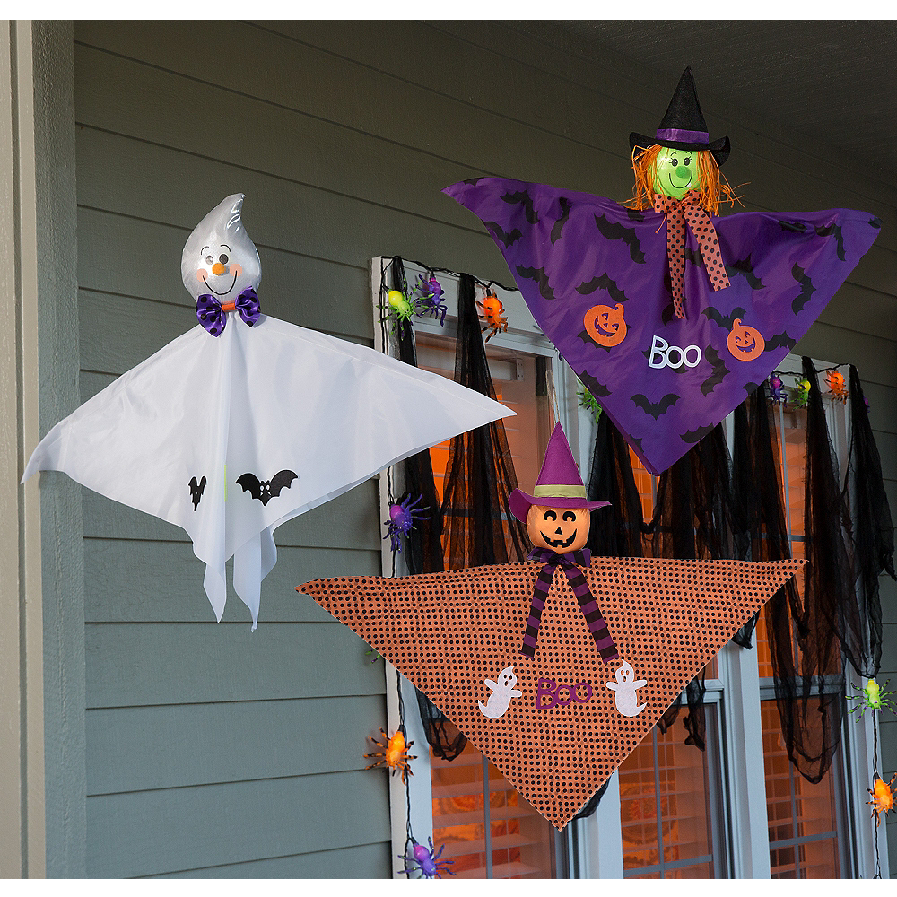 Flying Friends Porch Decorating Kit Image #1